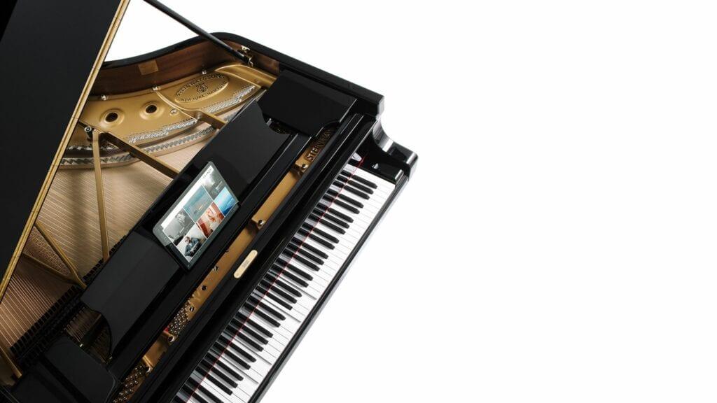 Photo of Steinway Spirio piano