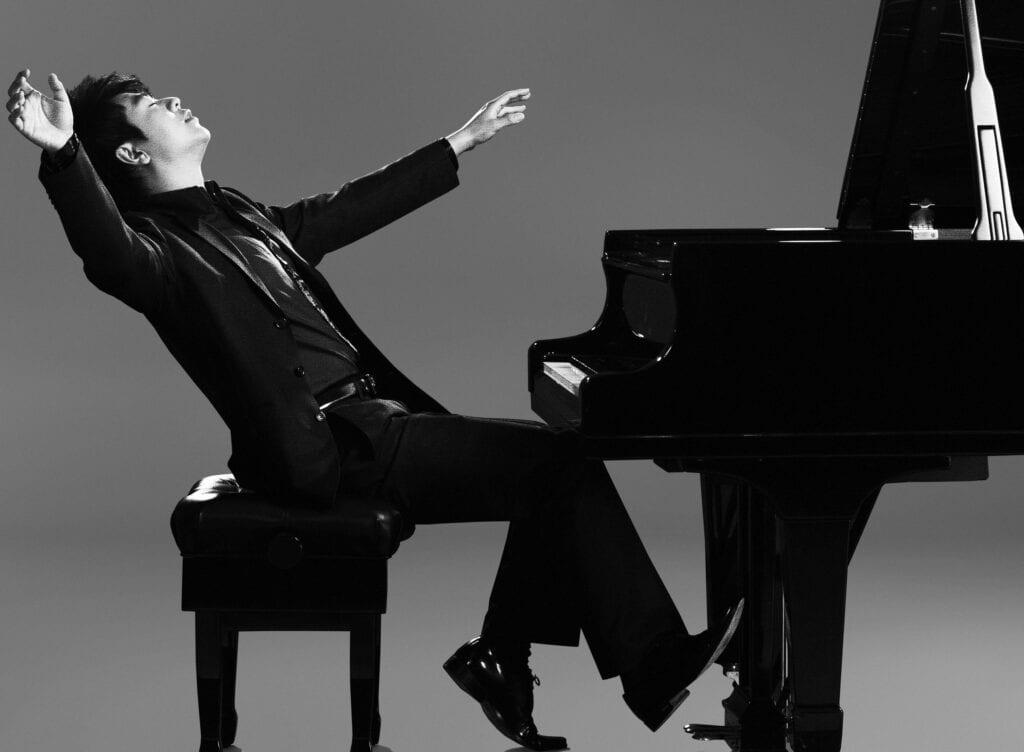 Photo of Lang Lang at Steinway Model D piano.