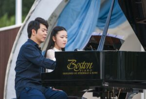 Steinway Artist Ling Ling performing on a Boston grand