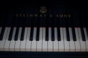 Photo of Steinway keyboard
